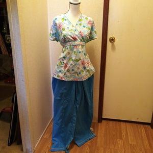Tops - Scrubs Flower Blue Shirt Pants Large XL